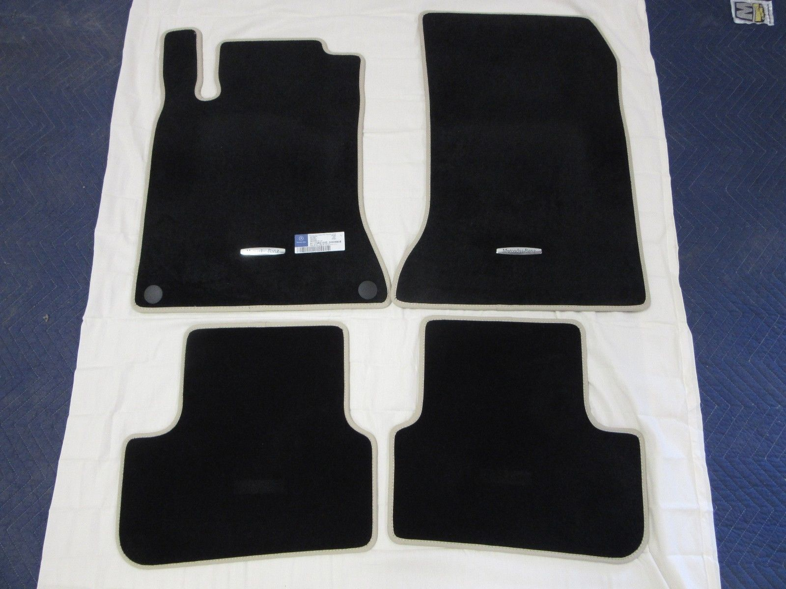 from title mat benz trays suv mercedes mcfo mats id gla accessory floor r gle model oempartno class accessories