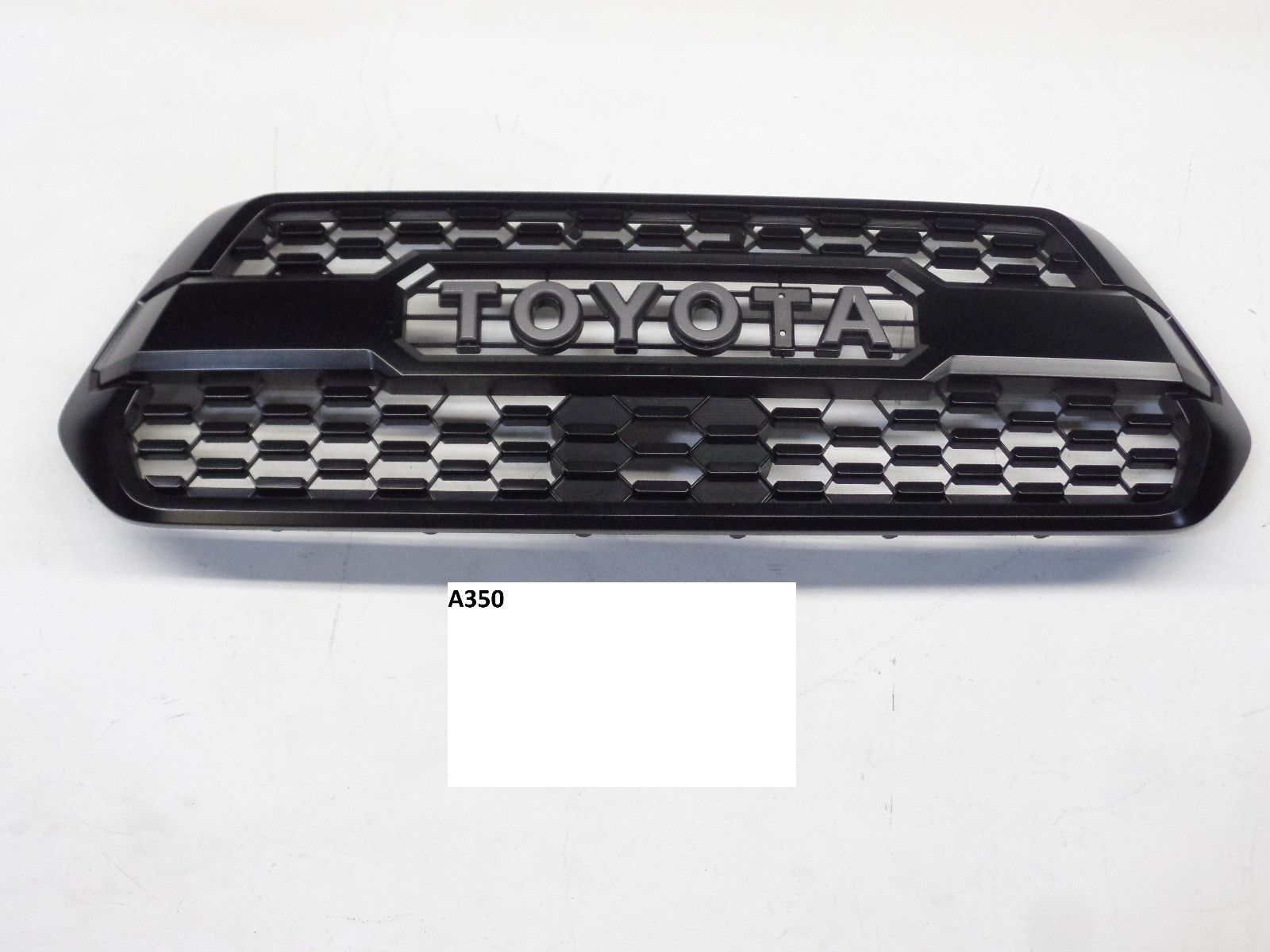 oem used grille grill painted toyota tacoma trd pro center. Black Bedroom Furniture Sets. Home Design Ideas