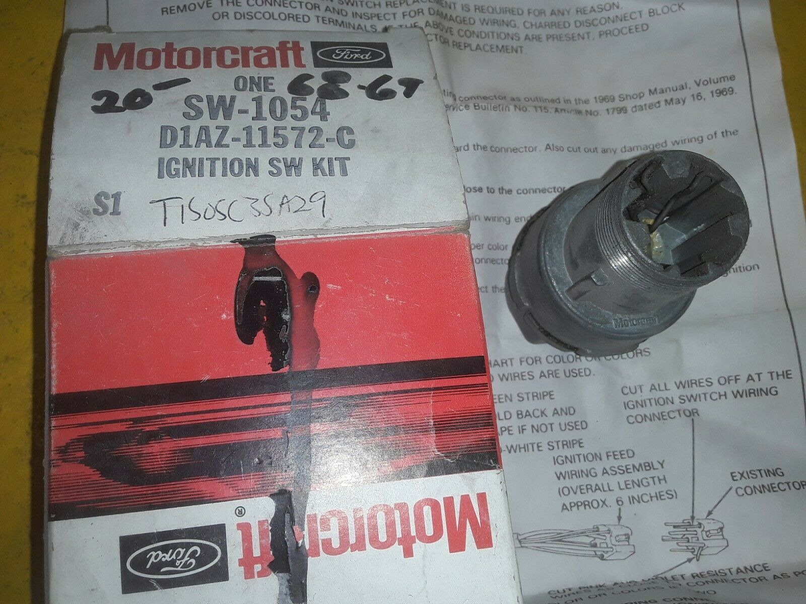 NOS Motorcraft SW1054 Ignition Starter Switch D1AZ-11572-C