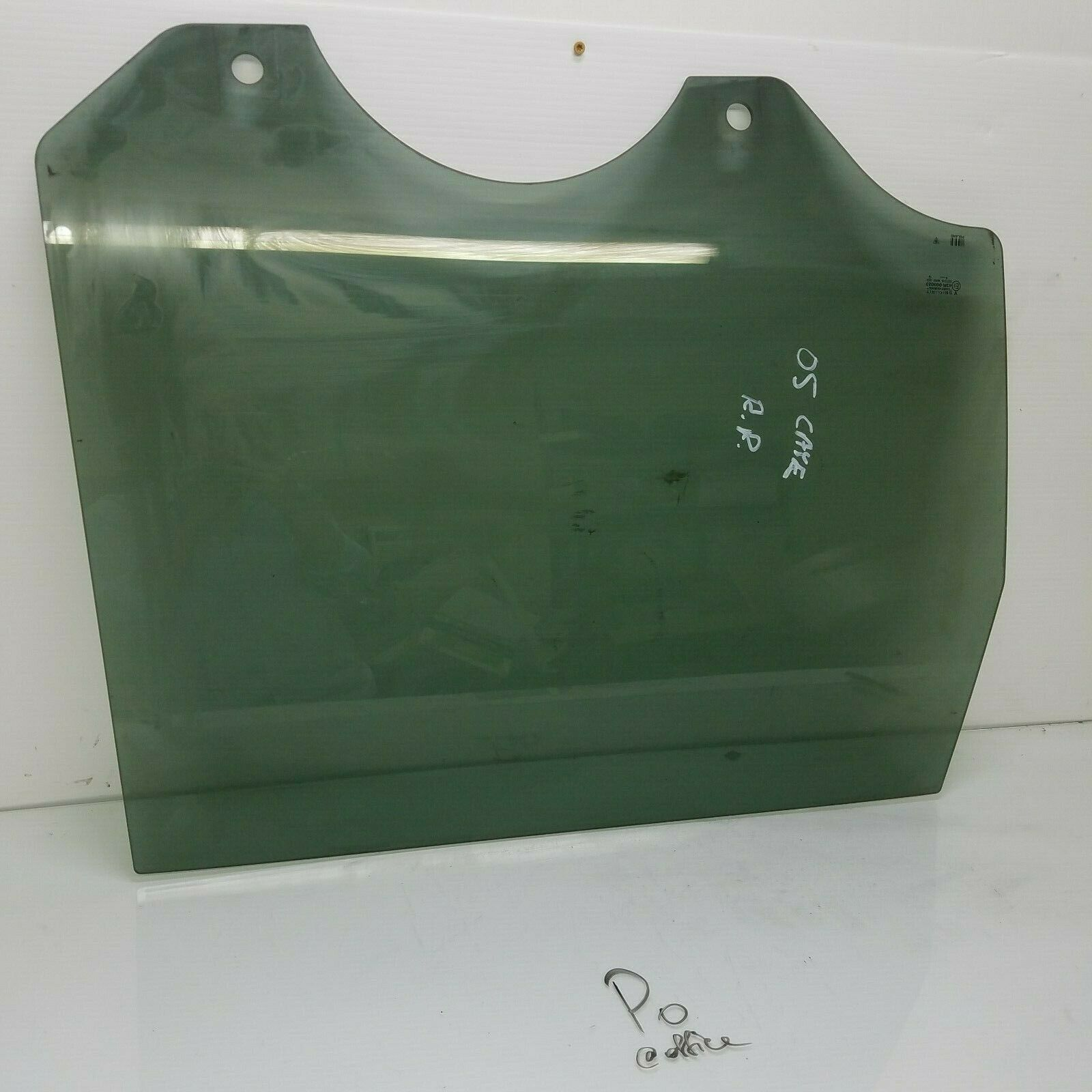 2003-2006 PORSCHE CAYENNE RIGHT REAR PASSENGER DOOR WINDOW GLASS OEM 43R000023  Does not apply Po Cay