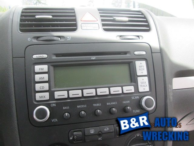 06 07 08 09 VW JETTA AUDIO EQUIPMENT RECEIVER AM-FM-6-CD-MP3 ID 1K0035180H 8077382