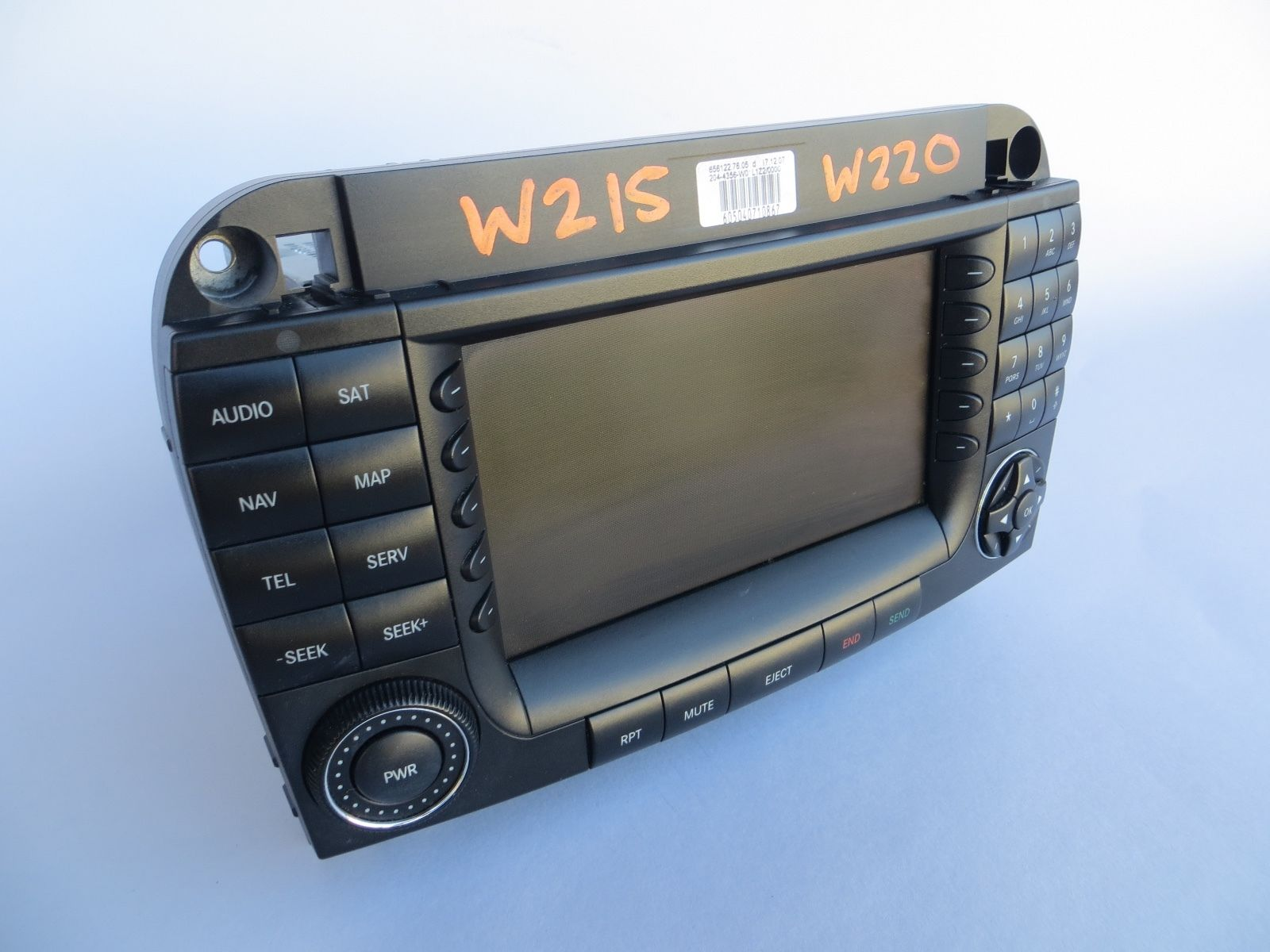 2004 2006 mercedes w220 s500 s55 s65 amg navigation screen radio stereo oem 220 870 26 89. Black Bedroom Furniture Sets. Home Design Ideas