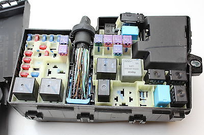 bd5ce268 1793 4c3f 9ddd e74a84ac8993 07 08 09 10 11 12 mazda cx 7 bp4k 66765 fusebox fuse box relay 2011 mazda cx 7 fuse box at bakdesigns.co