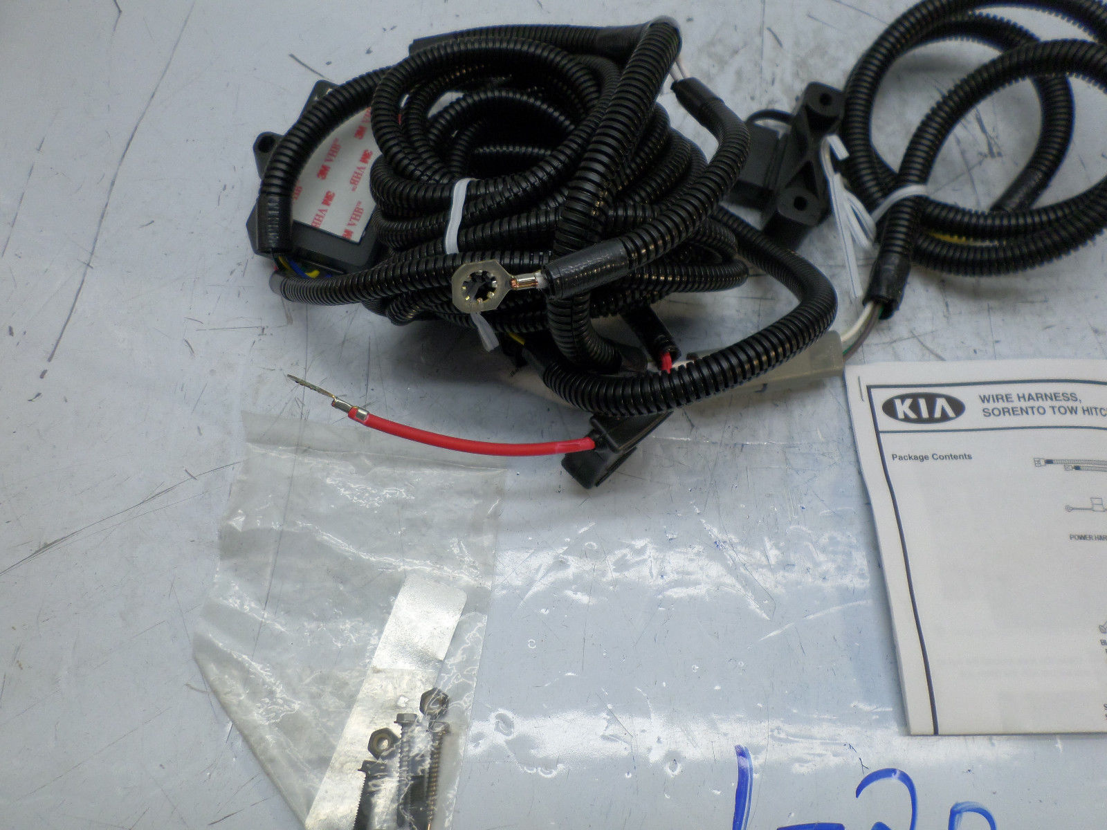 New Oem Trailer Hitch Wiring Harness Kia Sorento 03 04 05