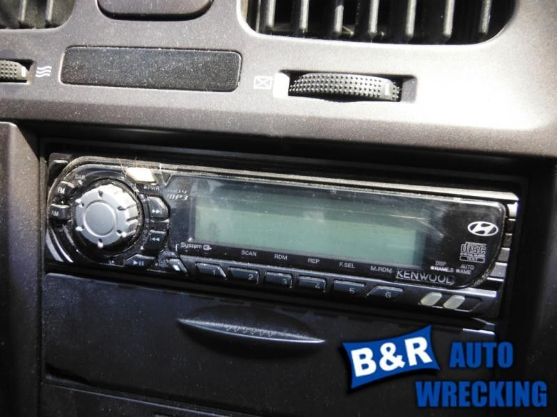 04 05 06 ELANTRA AUDIO EQUIPMENT RECEIVER AM-FM-STEREO-CD-MP3 KENWOOD 7656912 7656912