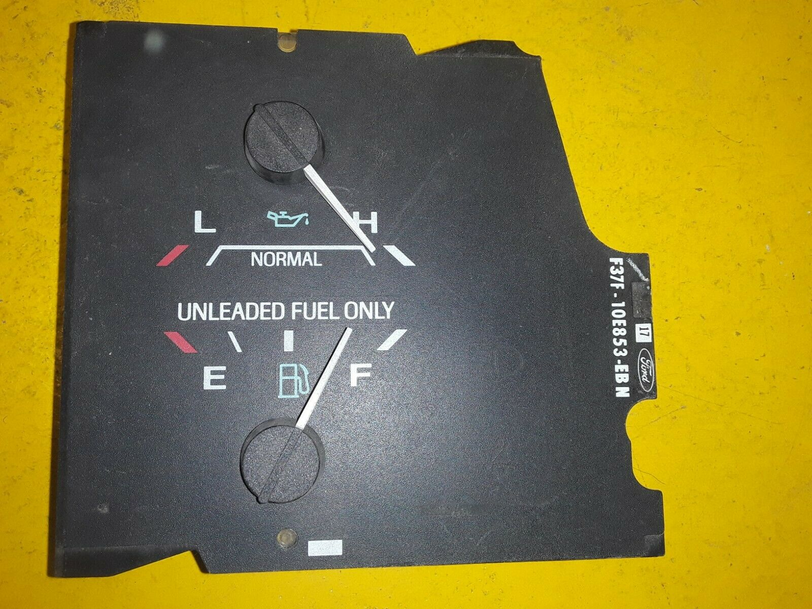OEM Ford Ranger FUEL & OIL PRESSURE Gauge Bronco II Explorer F37F-10E853-EB Does not apply