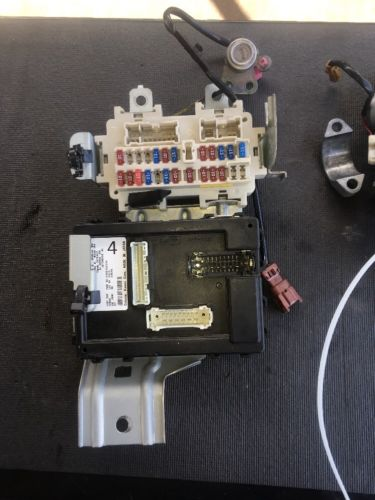 05 M/T NISSAN 350Z CONTROL MODULE BCM OEM With Key Ignition And Door Nissan Z Bcm Wiring Diagram on