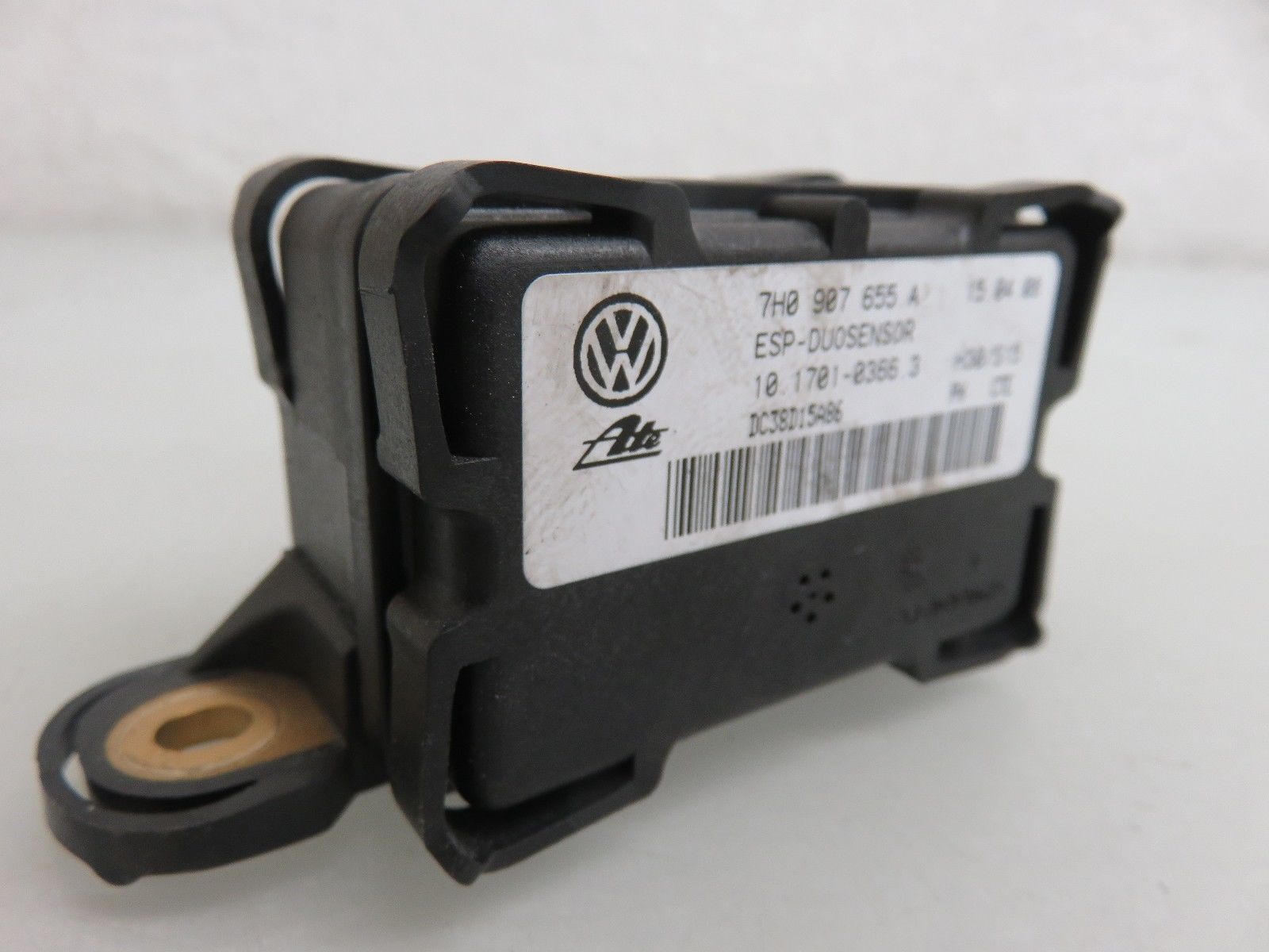 05-10 VOLKSWAGEN VW JETTA FRONT RIGHT SIDE YAW TURN RATE ESP SENSOR MODULE  OEM