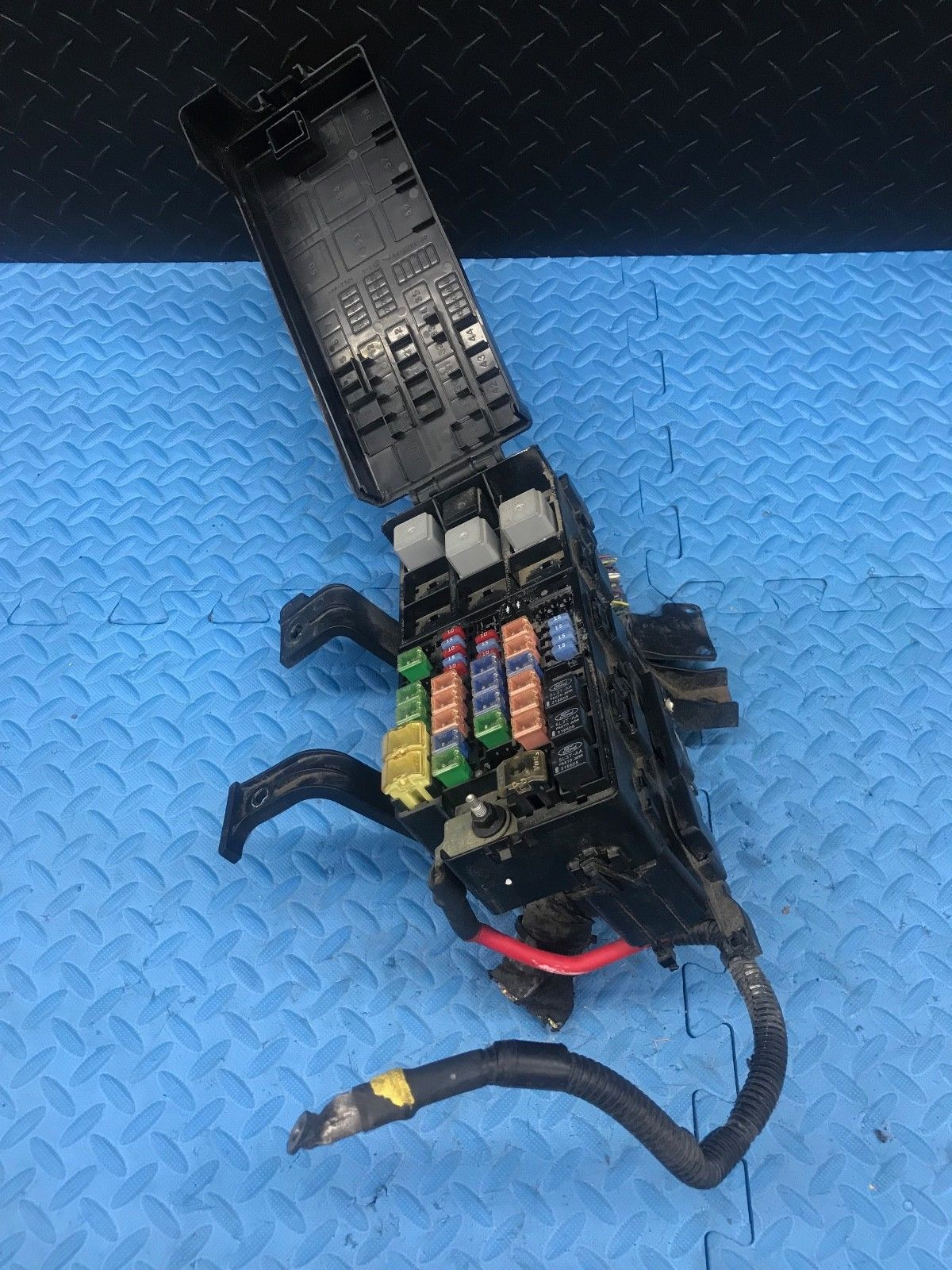 Relay Ford Page 5 2011 Lincoln Mkz Fuse Box Oe Part Wire Wiring Junction Block Emrelay Em