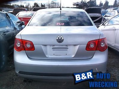 05 06 07 08 09 10 VW JETTA R. CORNER/PARK LIGHT 8849369 8849369