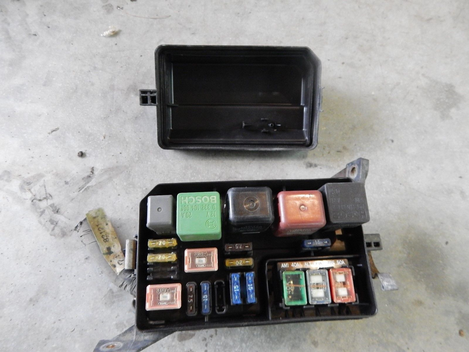1996 1997 toyota corolla main fuse & relay box 4 cyl 1996 honda corolla fuse box 1996 honda civic fuse box diagram besides sensor heater circuit bank 1