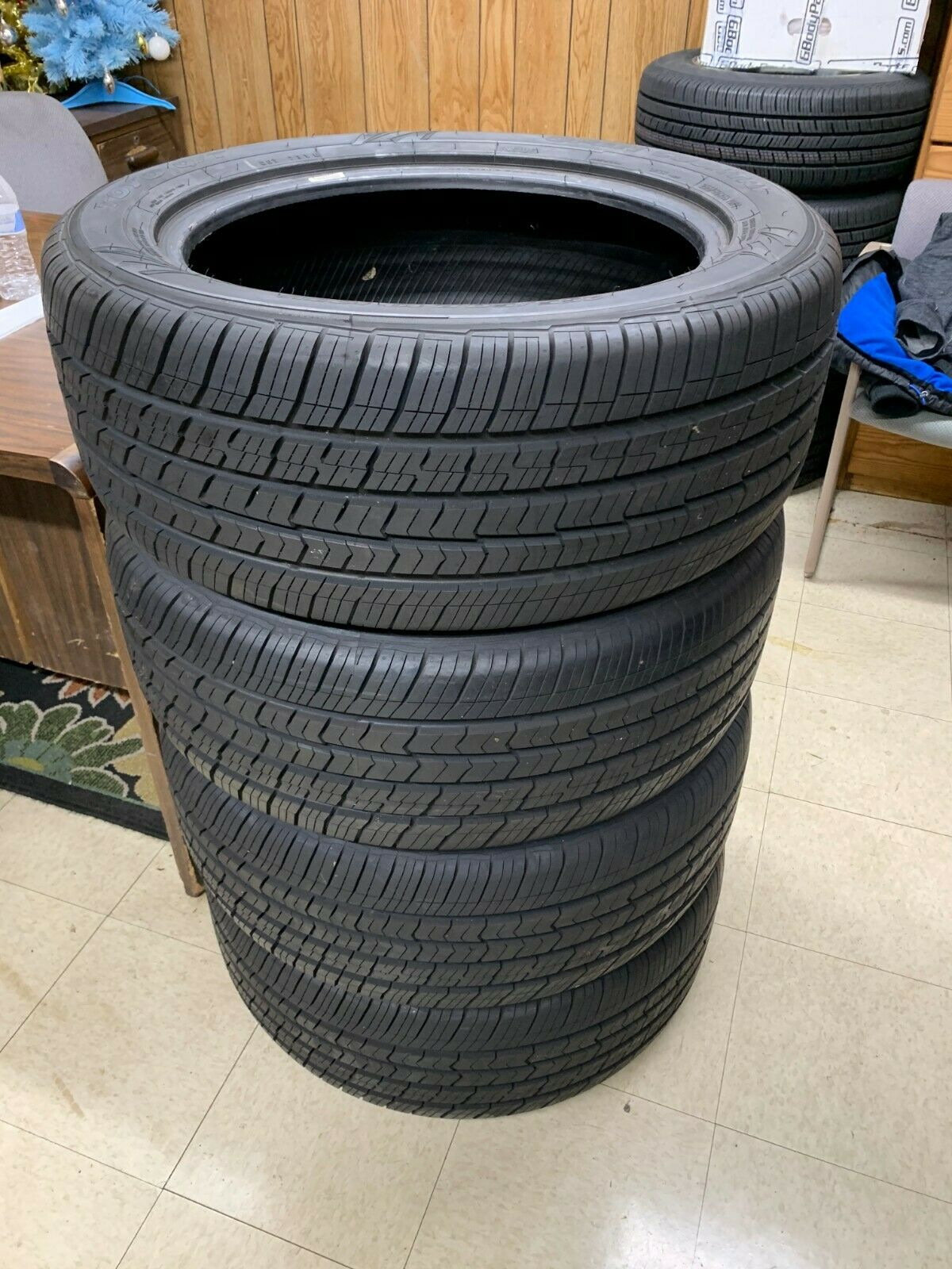 Set of 4 Toyo O/T Tires Open Country 255 50 R19 107V