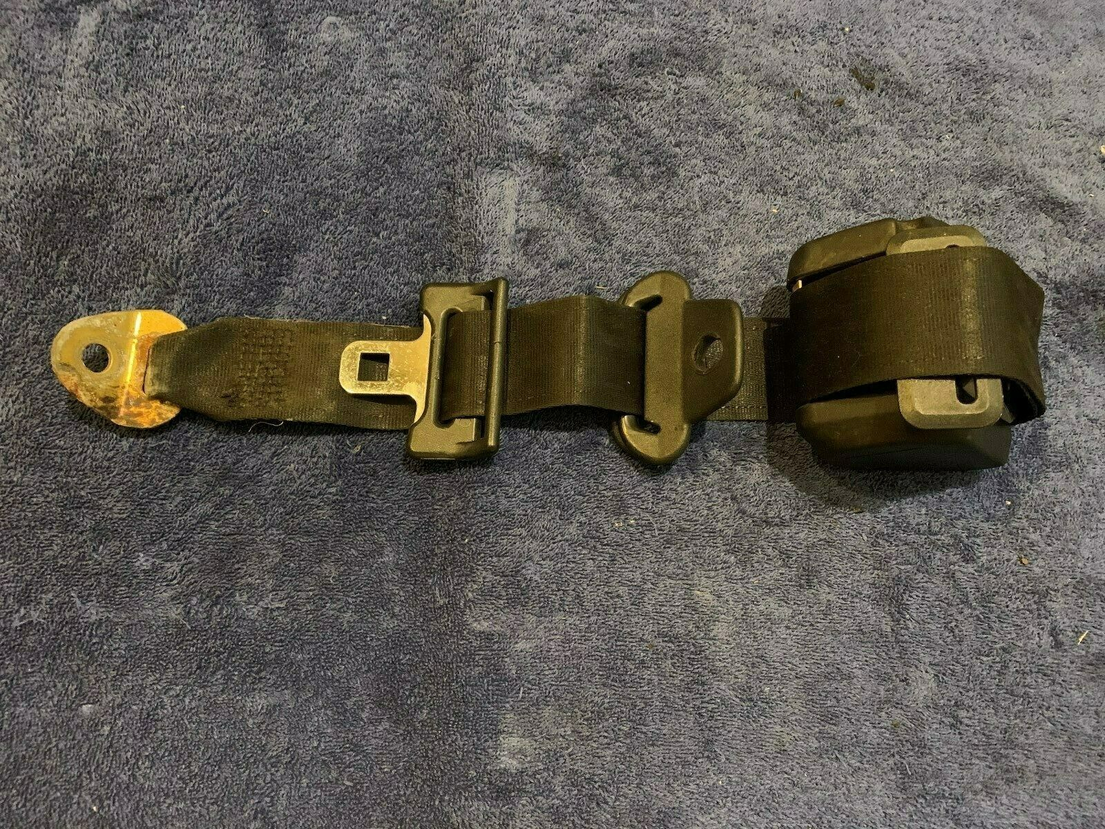 1984 - 1989 Classic Saab 900 Turbo Hatchback Left Rear Seat Belt Re-tractor