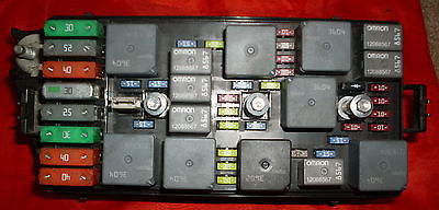 cba882b9 a5e6 4cef b65b 4ee38aff3882 05 equinox fuse box 911080 , 646 gm8l05 2005 equinox fuse box at fashall.co