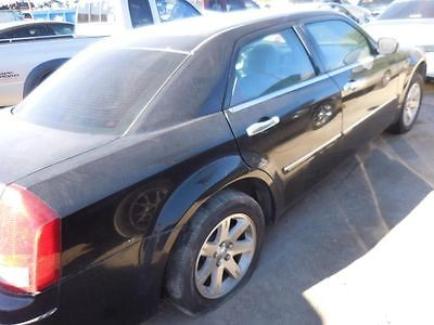 05 06 CHRYSLER 300 AUTOMATIC TRANSMISSION 2.7L 4 SPEED ID 4800393AB 8976537 400-00209 8976537