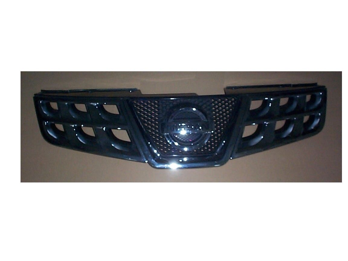2011-15 Nissan Rogue Grille Black and Chrome