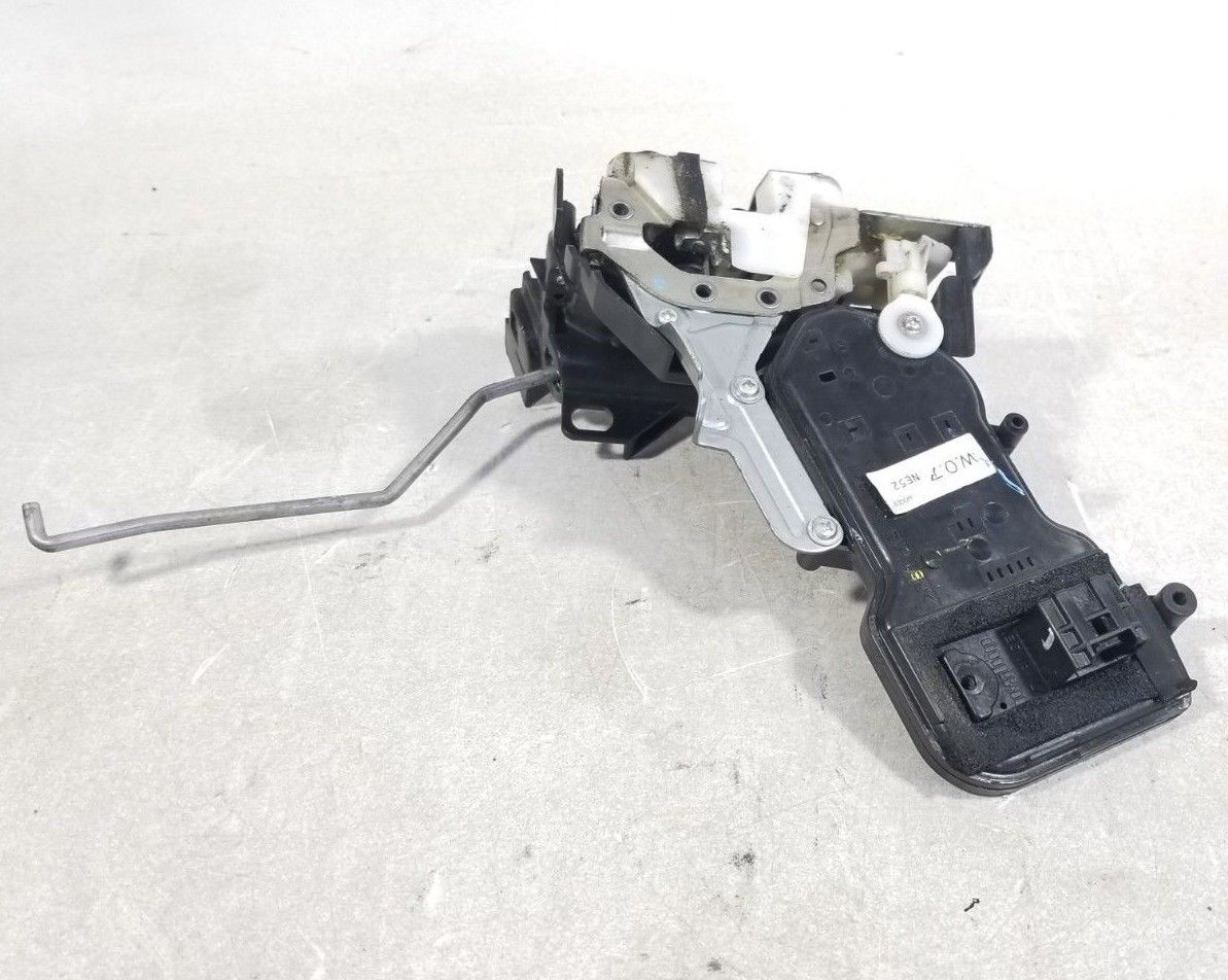2006 - 2015 Mazda Miata Right Door Lock Actuator Latch Assembly OEM NE5258310H Does not apply