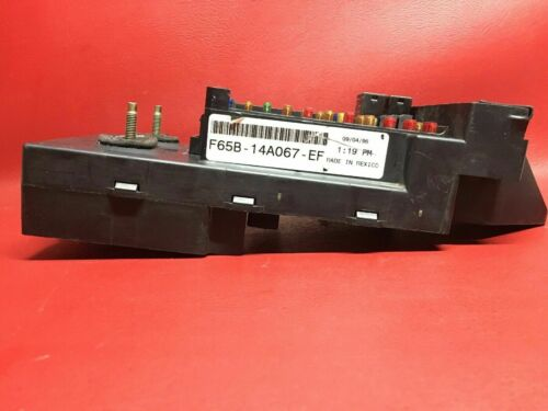 1997 Ford F250 Interior Dash Junction Fuse Box Relay Block F65B-14A067-EF OEM