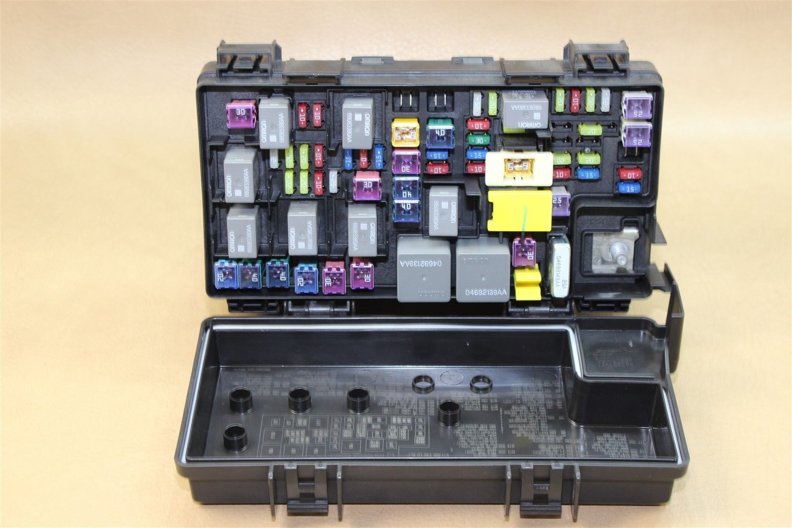 Reman 2013 Jeep Wrangler Tipm Temic Integrated Fuse Box Module 98 68163903ab Oem Does Not Apply 559