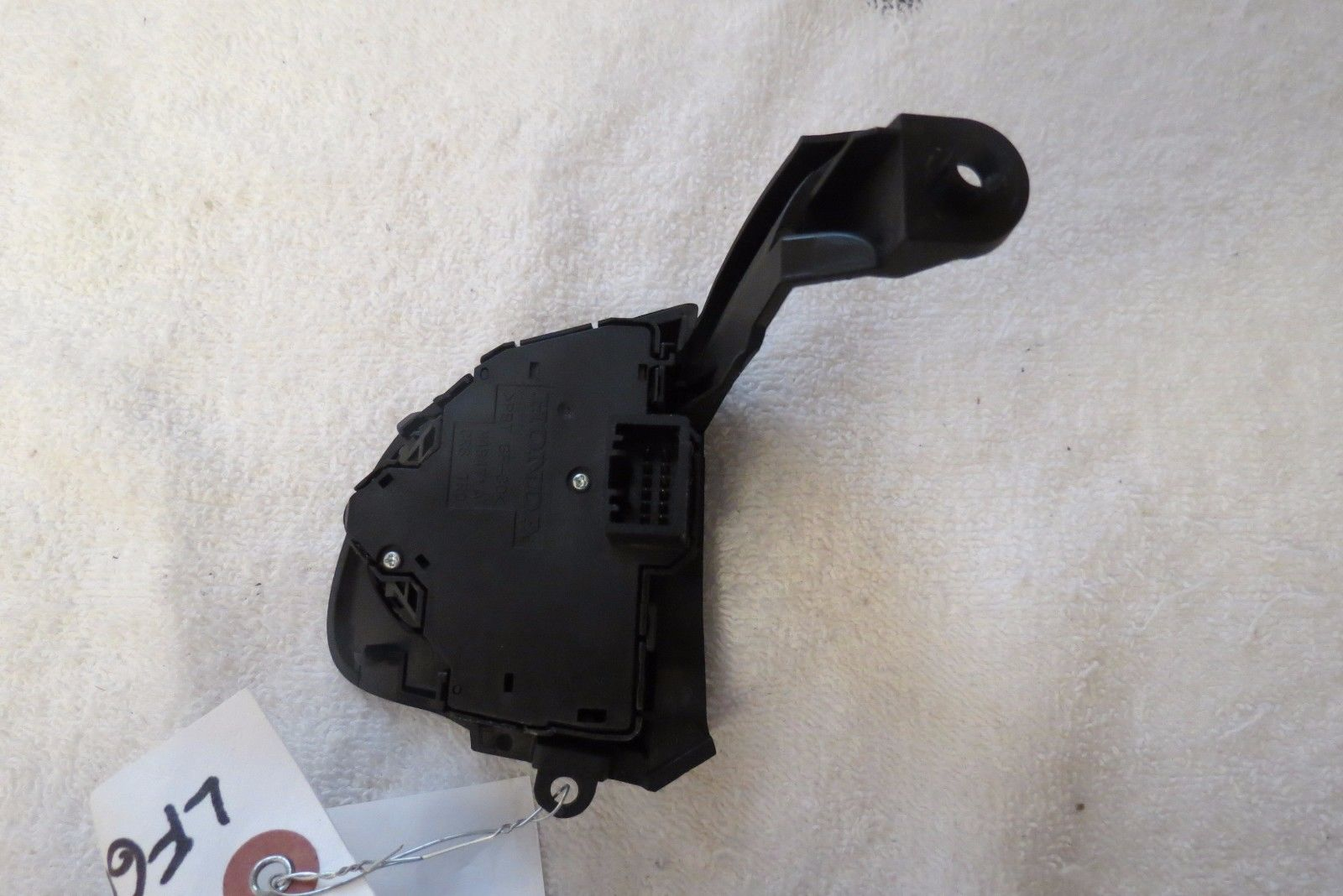 12 13 14 15 16 2013 Honda CR-V Steering Wheel Cruise Control Switch OEM 1382W
