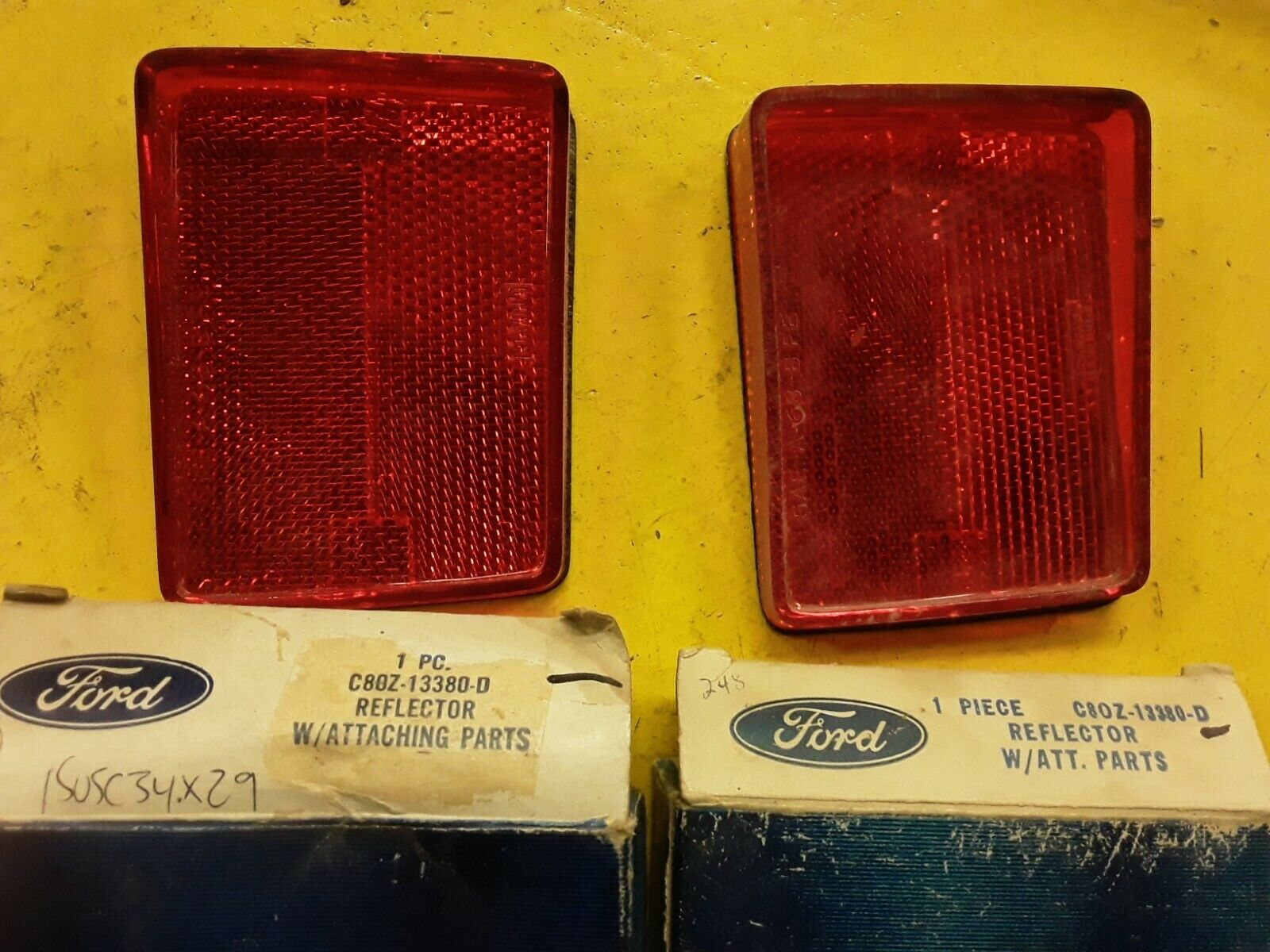 NOS 1968 Ford Torino Fairlane Fastback RH Rear Reflector C80Z-13380-D (QTY 2) Does not apply