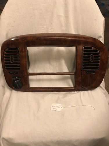97-03 FORD F-150 EXPEDITION CENTER DASH RADIO CLIMATE CONTROL BEZEL WOODGRAIN XL74-7804302-AGW
