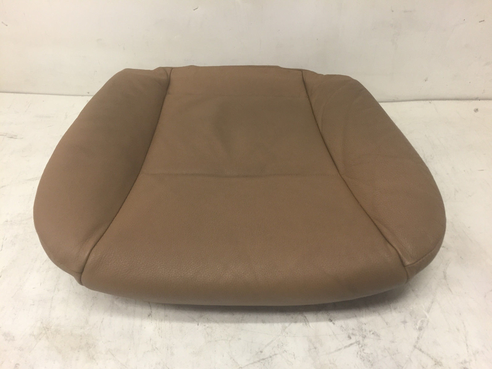 2007 BMW 528 E60 Front Left Driver Said Lower Leather Original Bottom Seat