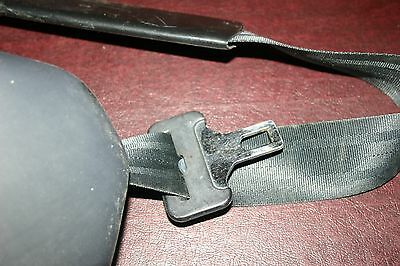 1991 - 94 Classic Saab 900 Convertible Right Front Seat Belt Re-tractor Assembly 23 65 08