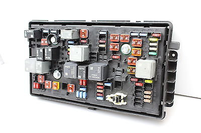 e85e5dae 5e8d 4506 bddf 6cb879aadcb7 11 2011 buick regal 13275887 fusebox fuse box relay unit module 2011 buick regal fuse box at bayanpartner.co
