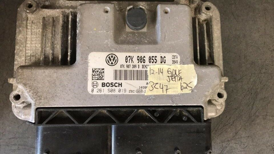 2012-2014 VW  Golf Jetta ecm ecu computer 07K 906 055 DG