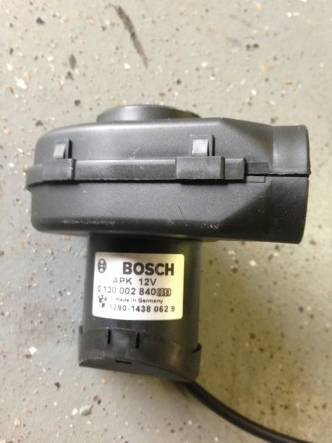 eb72bc5f 6e6a 4f32 9614 10613a776983 bmw 645ci oem bosch fuse box cooling electric fan motor 0130002840 bmw 645ci fuse box location at alyssarenee.co