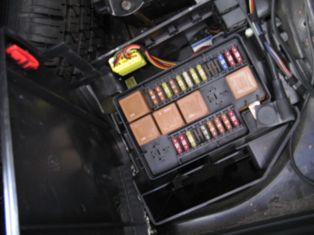 jaguar fuse box diagram 2001 jaguar xj8 fuse box diagram 2001 auto wiring diagram schematic 1998 jaguar xj8 fuse box