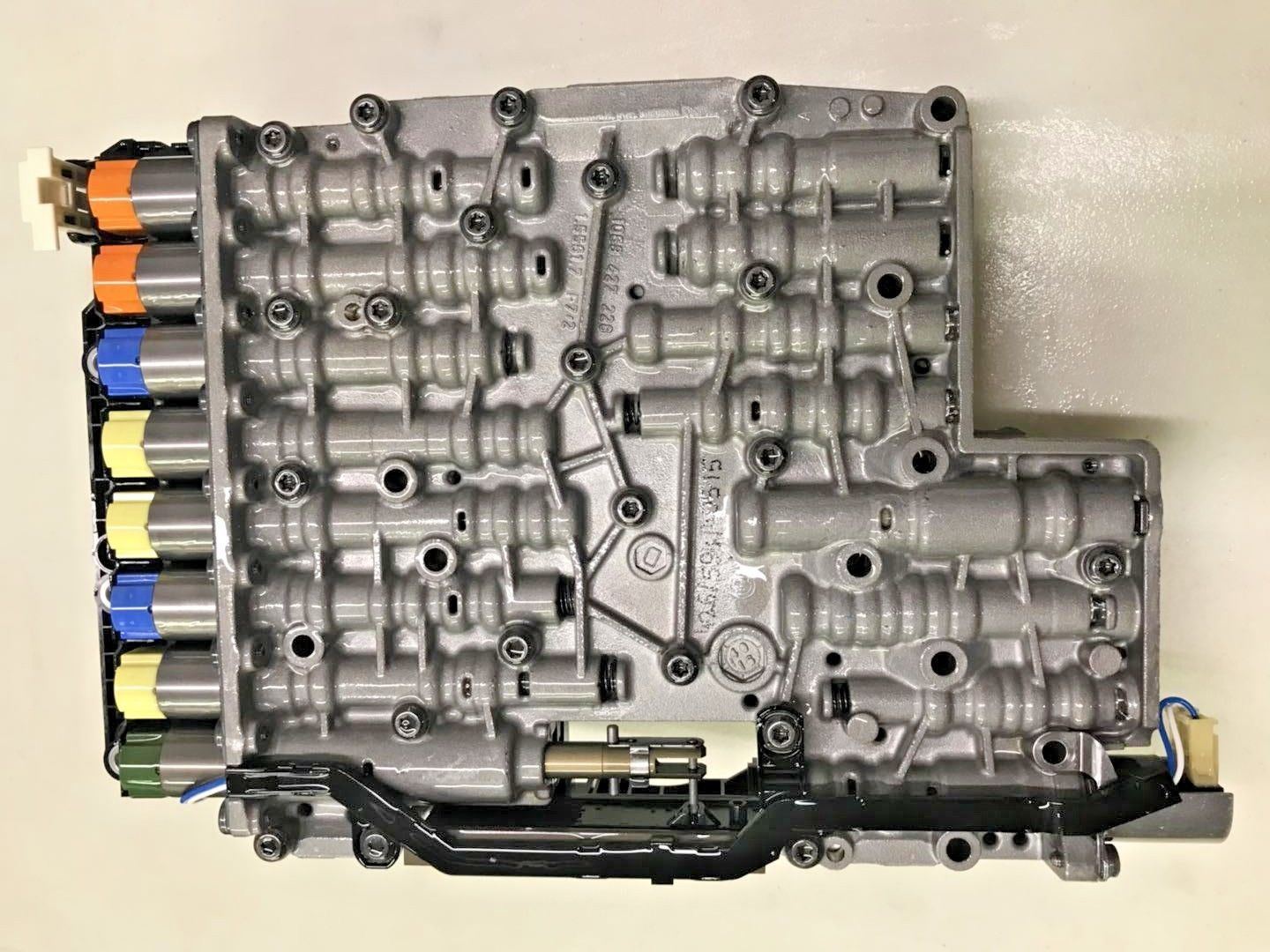 NEW OEM 6HP26 6HP28 6HP32 ZF Trans Mechatronic 1068 198 426 For BMW 750 F01