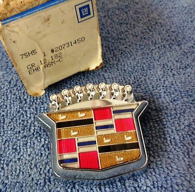 NOS NEW 89-93 Fleetwood & Deville CHROME Trunk Lock Swing Cover Emblem  Ornament