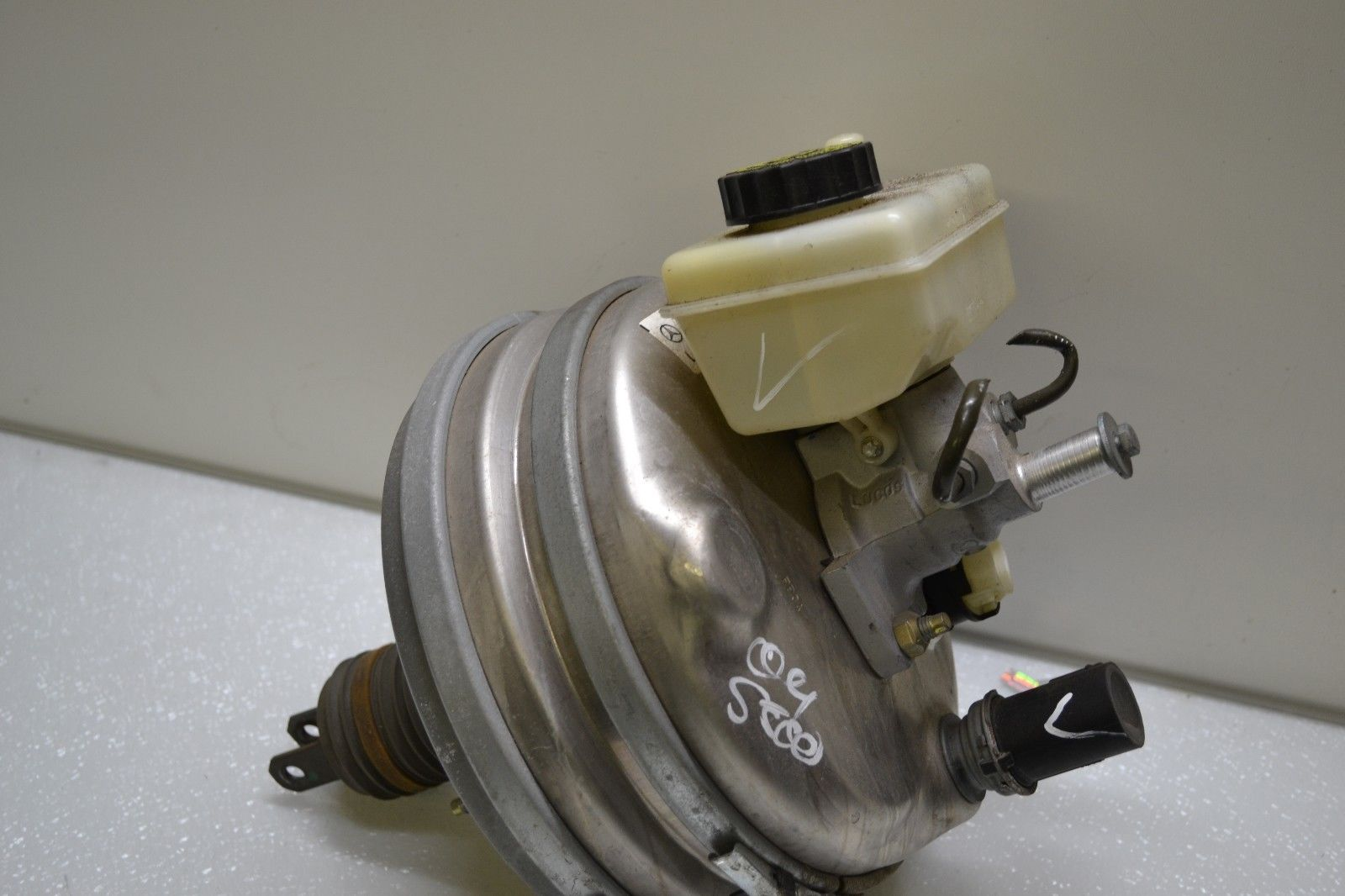2000-2006 MERCEDES W220 S430 S500 POWER BRAKE BOOSTER MASTER CYLINDER 0054302430 A 005 430 24 30