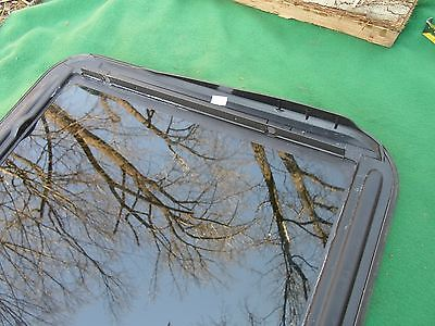 2003 CADILLAC SEVILLE YEAR SPECIFIC OEM FACTORY SUNROOF GLASS FREE SHIPPING! Does Not Apply