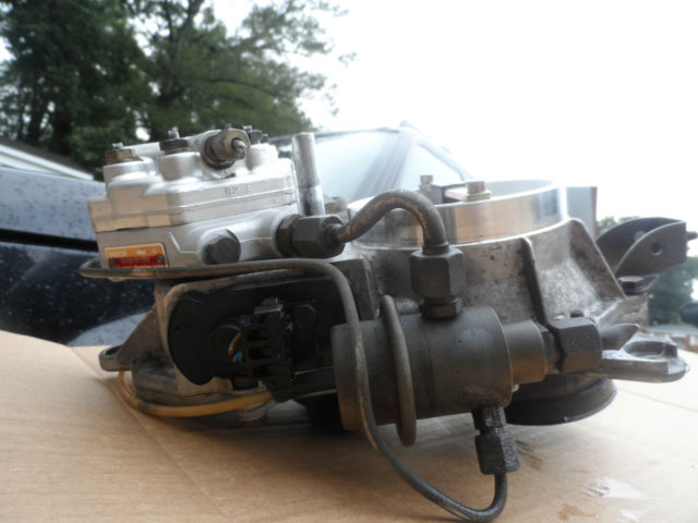 86 93 mercedes benz w124 w201 190e 300e fuel distributor w for Mercedes benz 300e parts