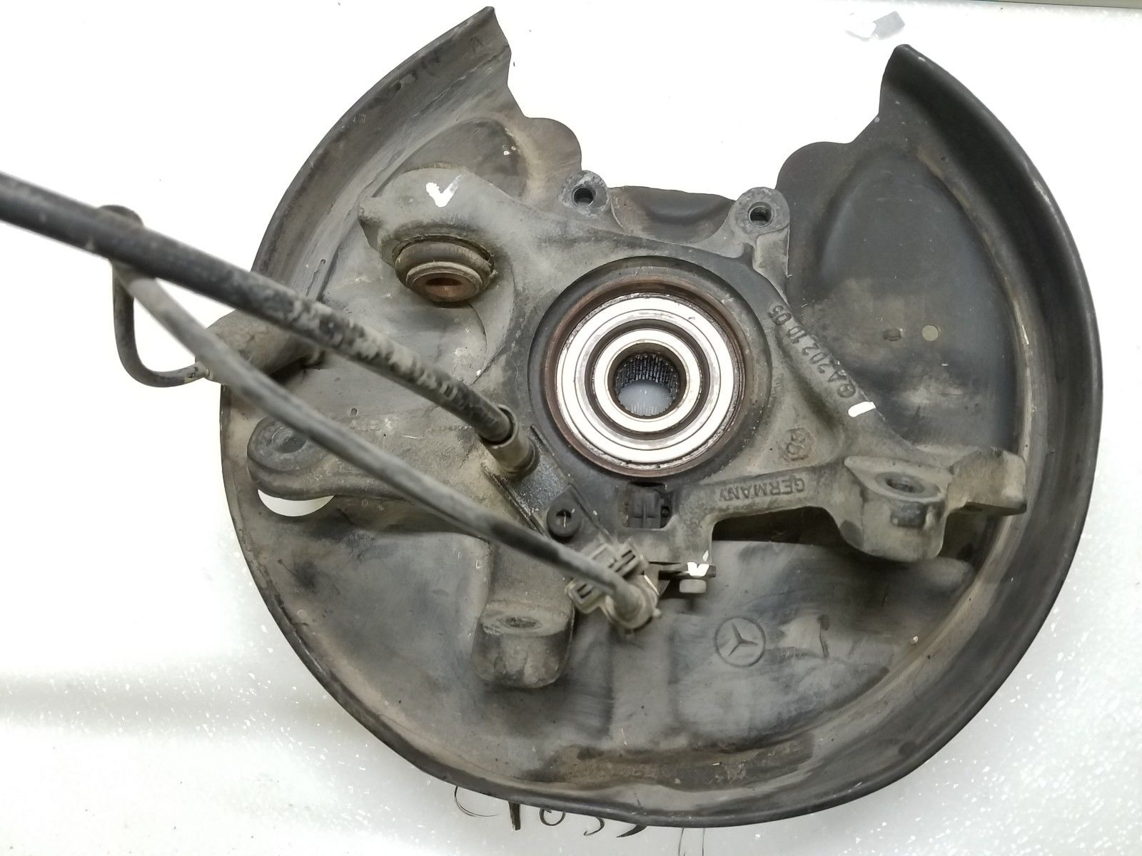 2004-2008 CHRYSLER CROSSFIRE REAR LEFT SPINDLE KNUCKLE HUB BEARING Does not apply