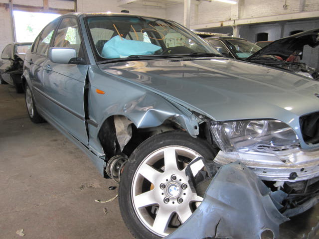 Parting out a 2002 BMW 325i