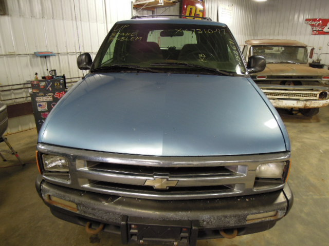 1997 Chevy S10 Blazer Front Axle Differential 3 42 Ratio