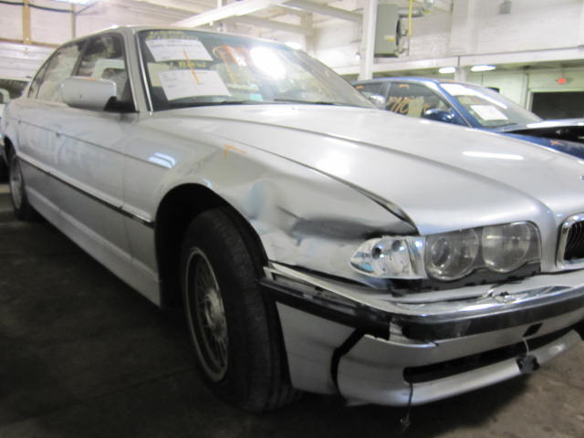 Parting out a 2001 BMW 740i