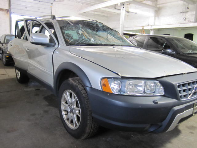 Parting out a 2007 Volvo 70 Series