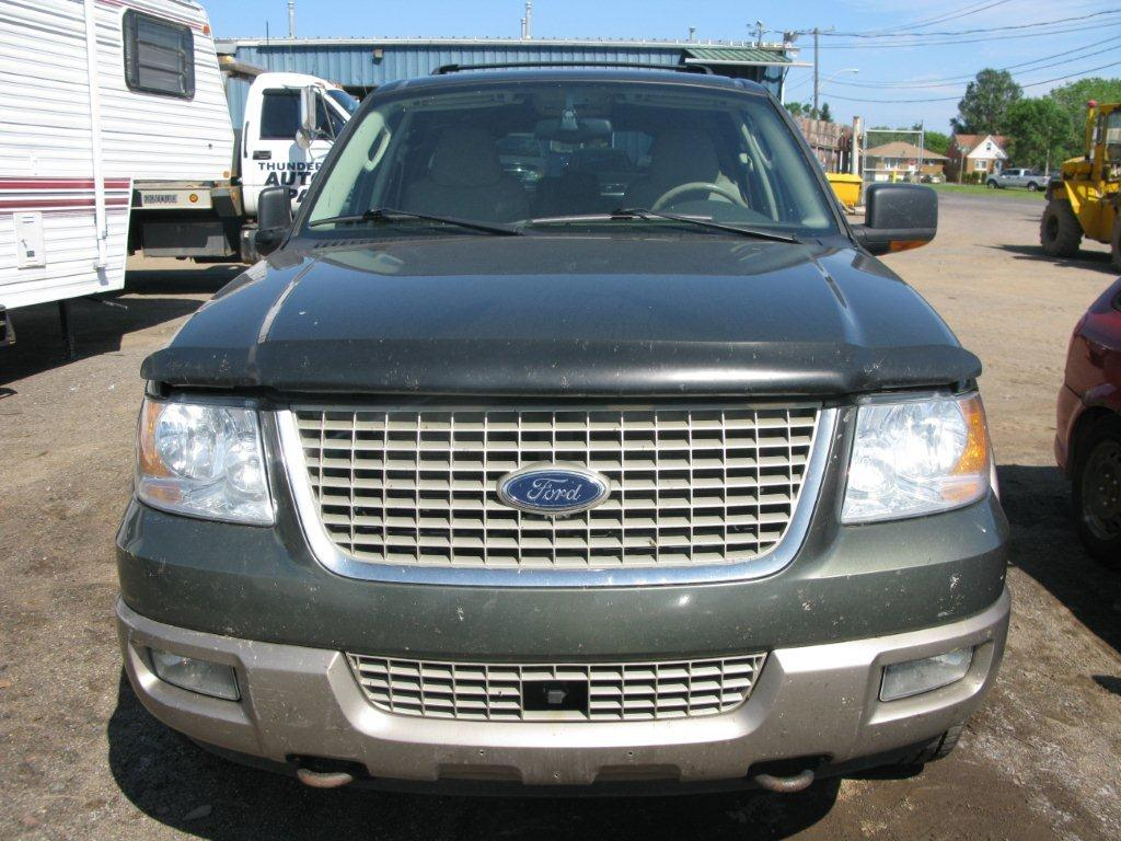 2003 ford expedition back glass use