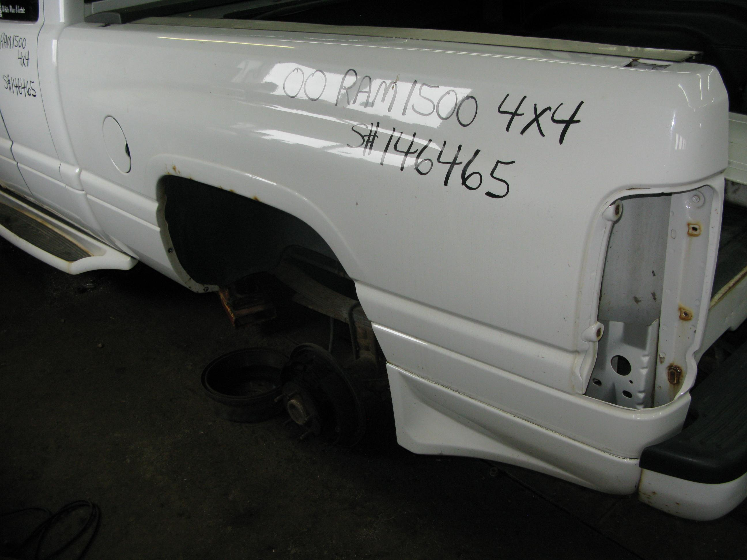 Dodge  DODGE RAM 1500 PICKUP 2000 For Parts 146465