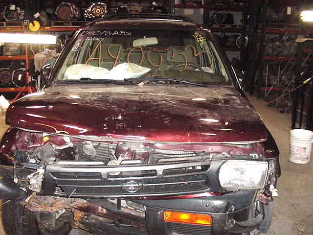 Parting out a 1996 <em>Nissan</em> <em>Pathfinder</em>
