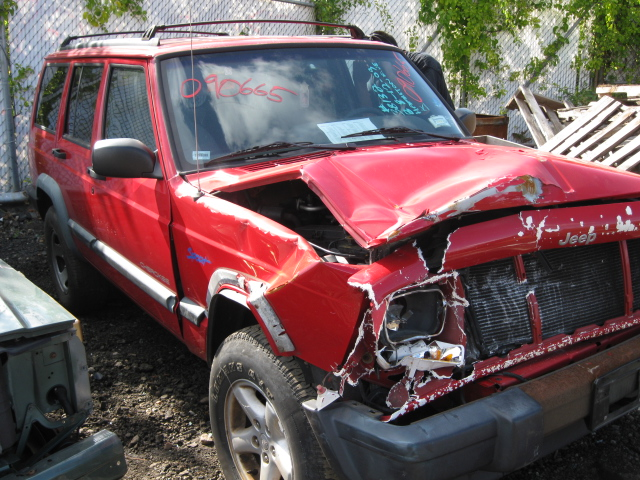 Parting out a 1998 <em>Jeep</em> <em>Cherokee</em>
