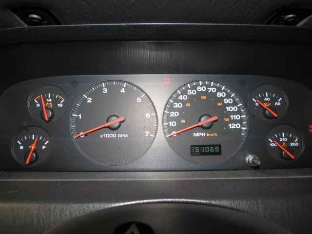 2000 Jeep Grand Cherokee Speedometer Instrument Cluster