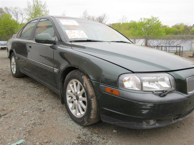 Parting out a 1999 Volvo 80 Series