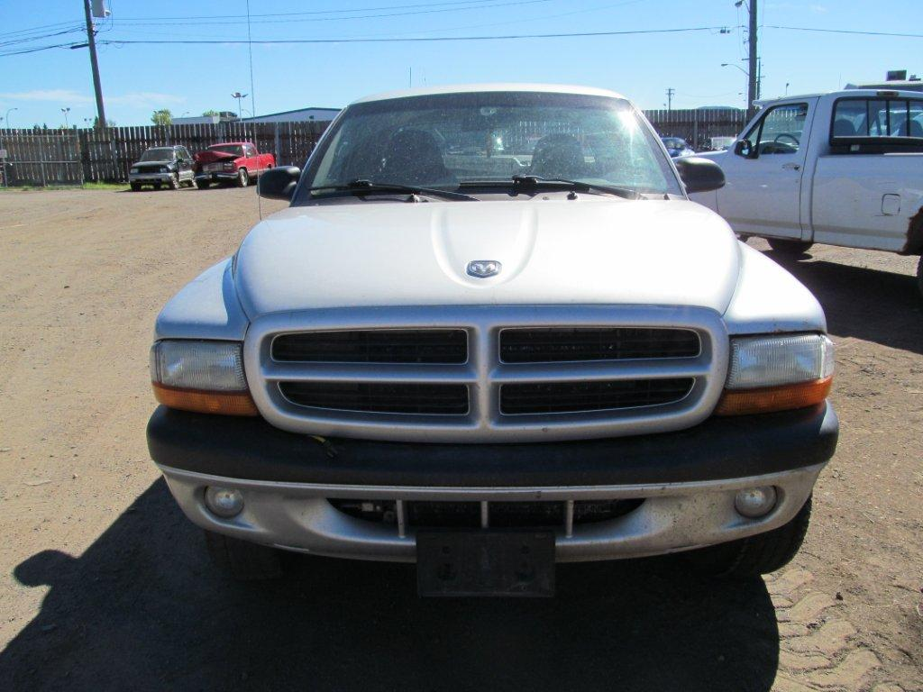 Dodge  DODGE DAKOTA 2003 For Parts 213764