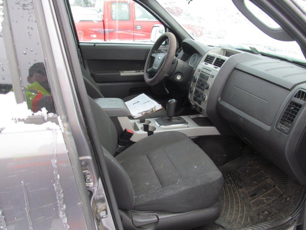 Ford  FORD ESCAPE 2009 For Parts
